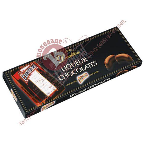 Подарочный набор из шоколадных конфет с ликером Куантро