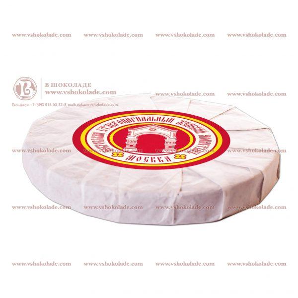 Элитный прессованный чай в форме лепешки с брендированной наклейкой