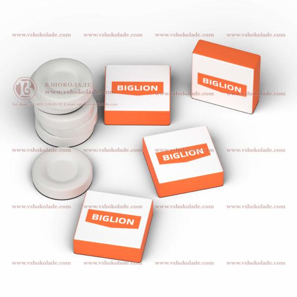 Холодок с логотипом заказчика в индивидуальной коробке