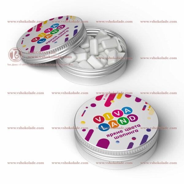 Жевательная резинка Dirol в круглой жестяной банке с логотипом